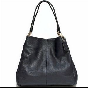 Coach Phoebe Black Leather Shoulder bag in pebble